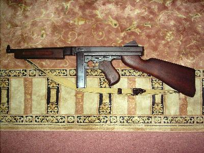 m1a1 thompson submachine gun